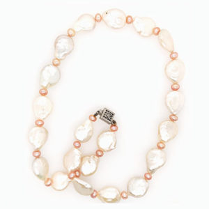 Poise Necklace N14